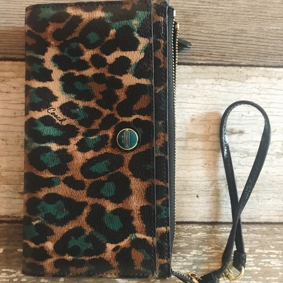 Coach Handbags - Coach cheetah wristlet